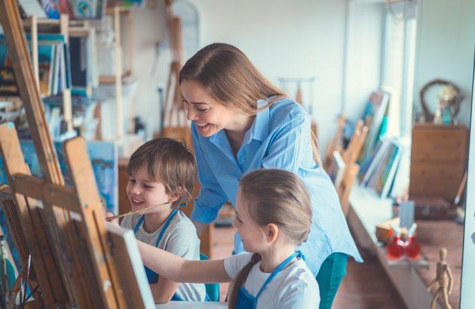 Kreatywka – duża konkurencja na rynku szkół językowych