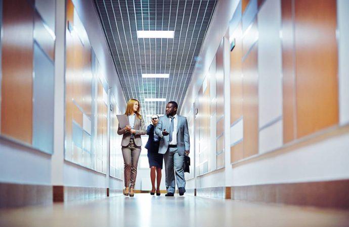 Co obejmują ubezpieczenia pracownicze oraz czy są obowiązkowe?